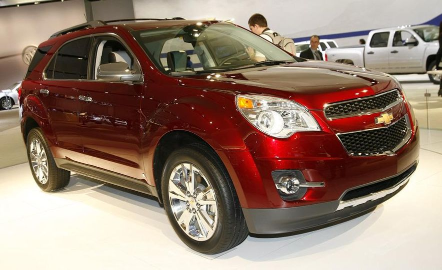 2010 Chevrolet Equinox - Slide 1