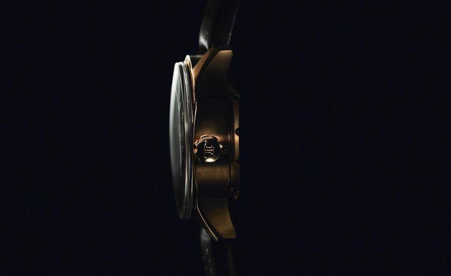 Jaeger-LeCoultre Aston Martin AMVOX2 DBS transponder watch - Slide 3