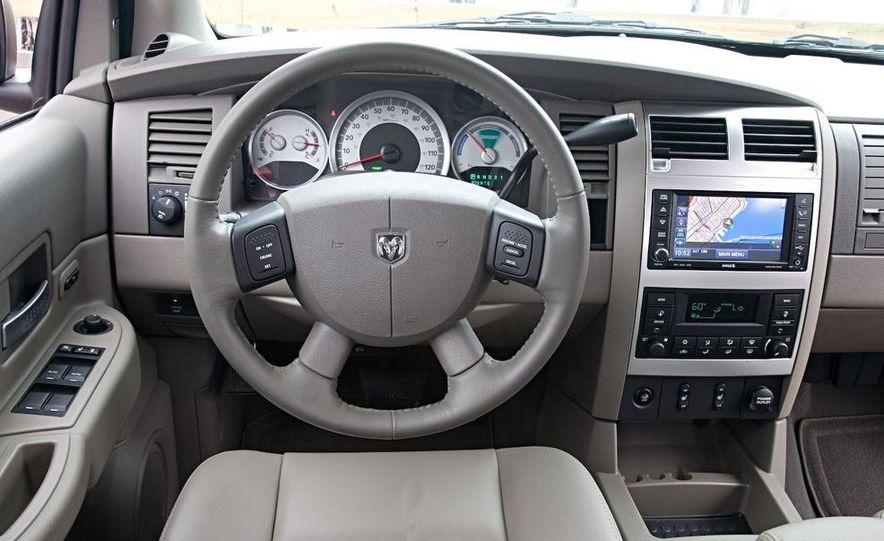 2009 Dodge Durango - Slide 15