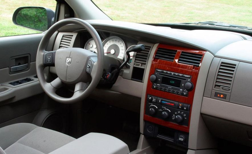 2009 Dodge Durango - Slide 4