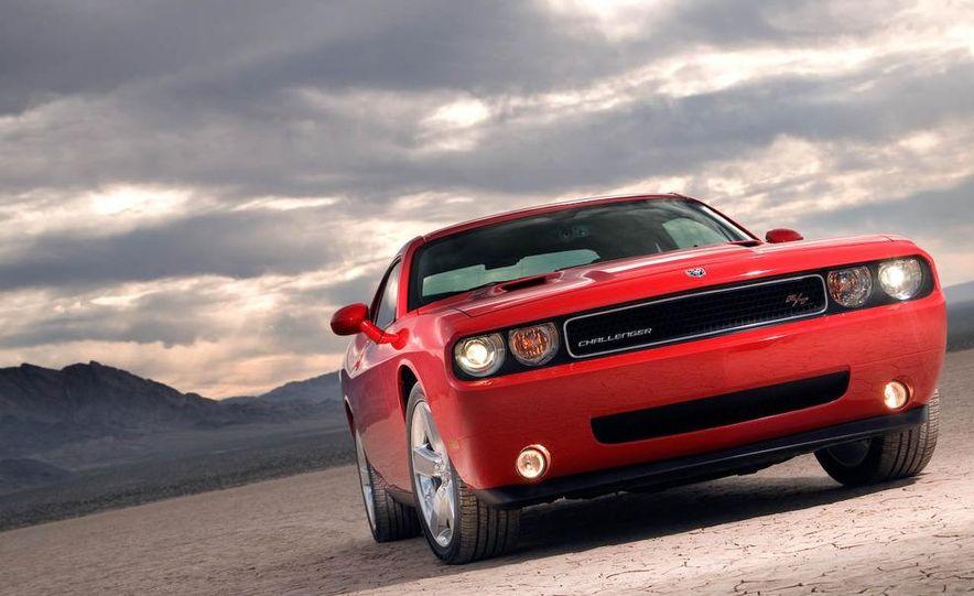 2009 Dodge Challenger R/T - Slide 1