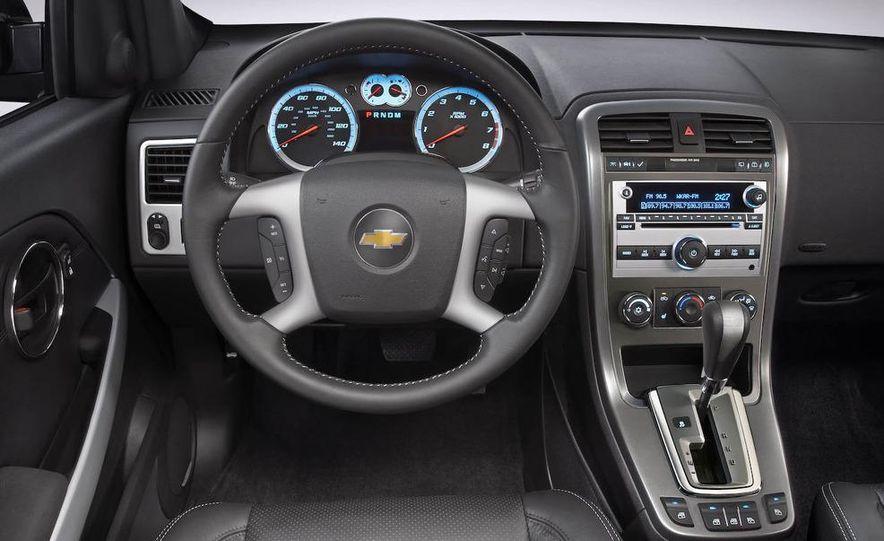 2009 Chevrolet Equinox Sport AWD - Slide 13