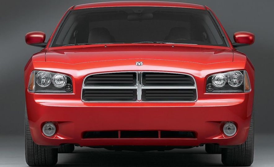 2009 Dodge Charger - Slide 1