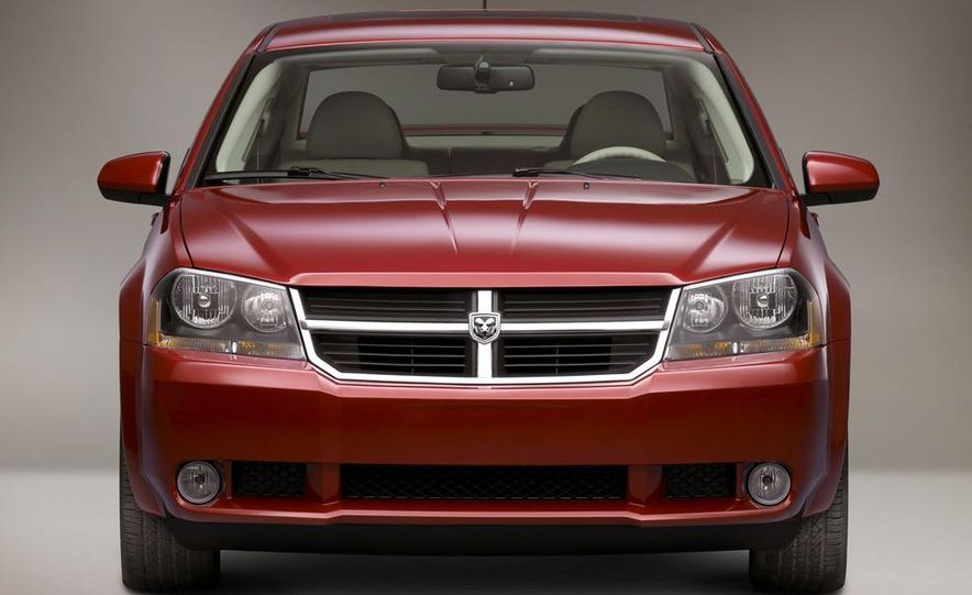2009 Dodge Avenger - Slide 4