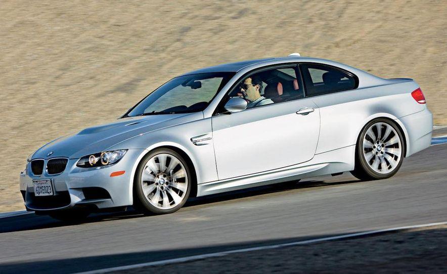 2009 BMW M3 steering-wheel-mounted paddle shifter - Slide 11