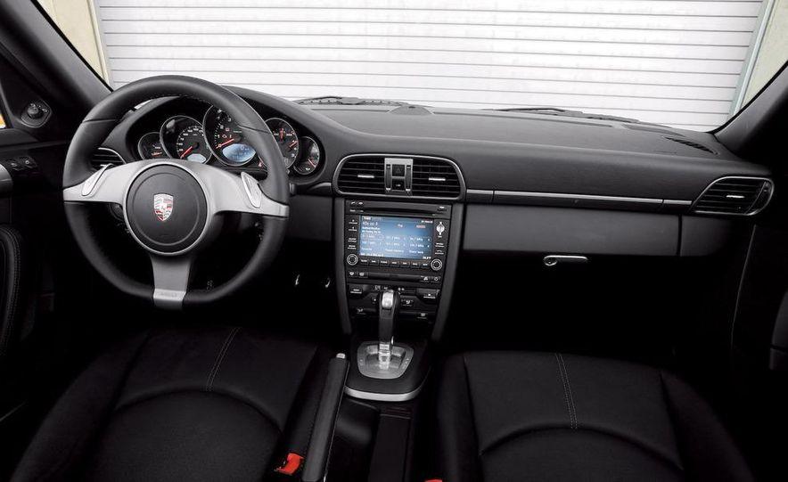 2009 BMW M3 steering-wheel-mounted paddle shifter - Slide 20