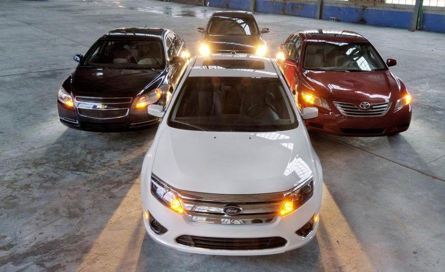 2010 Ford Fusion hybrid, 2009 Chevrolet Malibu hybrid, 2009 Toyota Camry hybrid, and 2009 Nissan Altima hybrid - Slide 9