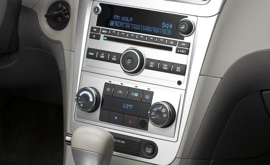 2010 Ford Fusion hybrid, 2009 Chevrolet Malibu hybrid, 2009 Toyota Camry hybrid, and 2009 Nissan Altima hybrid - Slide 62