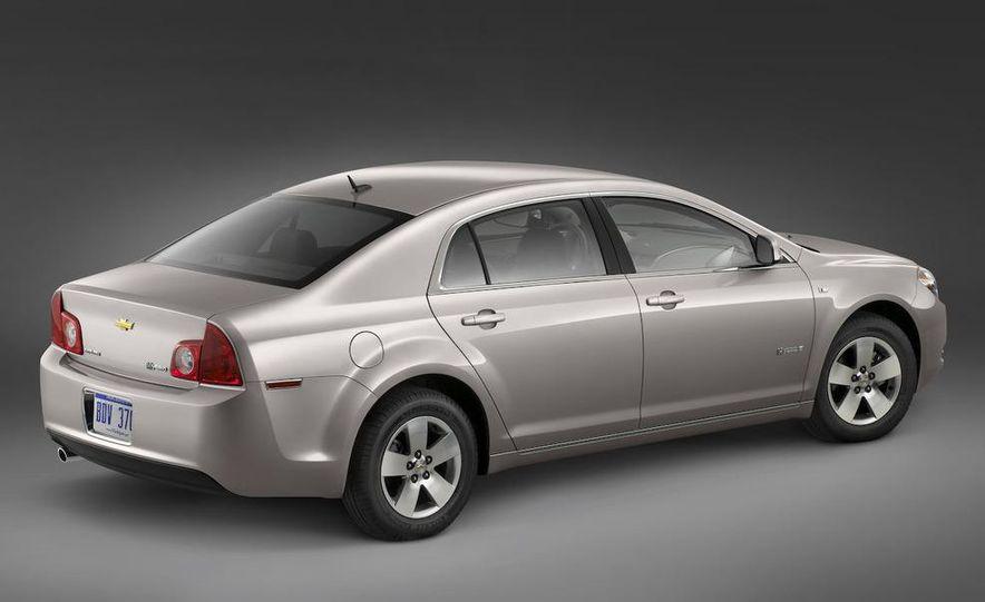 2010 Ford Fusion hybrid, 2009 Chevrolet Malibu hybrid, 2009 Toyota Camry hybrid, and 2009 Nissan Altima hybrid - Slide 48