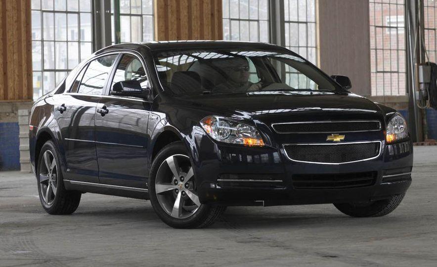 2010 Ford Fusion hybrid, 2009 Chevrolet Malibu hybrid, 2009 Toyota Camry hybrid, and 2009 Nissan Altima hybrid - Slide 33