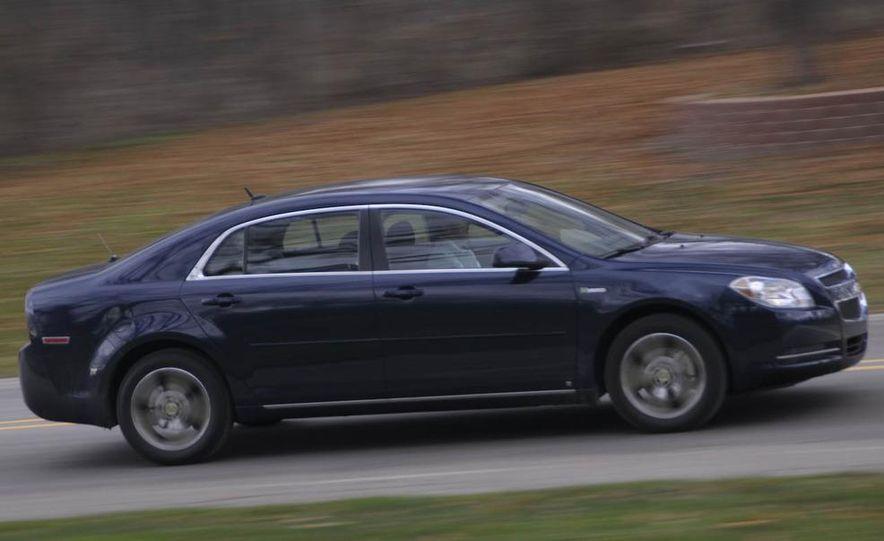 2010 Ford Fusion hybrid, 2009 Chevrolet Malibu hybrid, 2009 Toyota Camry hybrid, and 2009 Nissan Altima hybrid - Slide 35