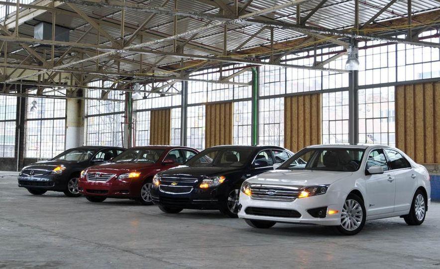 2010 Ford Fusion hybrid, 2009 Chevrolet Malibu hybrid, 2009 Toyota Camry hybrid, and 2009 Nissan Altima hybrid - Slide 7
