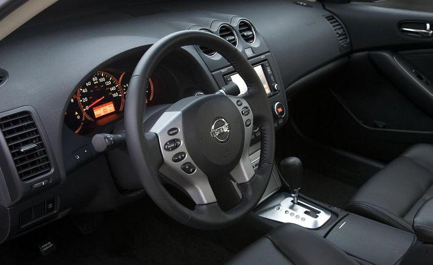 2010 Ford Fusion hybrid, 2009 Chevrolet Malibu hybrid, 2009 Toyota Camry hybrid, and 2009 Nissan Altima hybrid - Slide 88