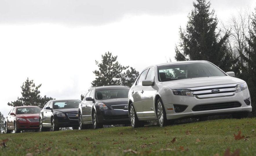 2010 Ford Fusion hybrid, 2009 Chevrolet Malibu hybrid, 2009 Toyota Camry hybrid, and 2009 Nissan Altima hybrid - Slide 12