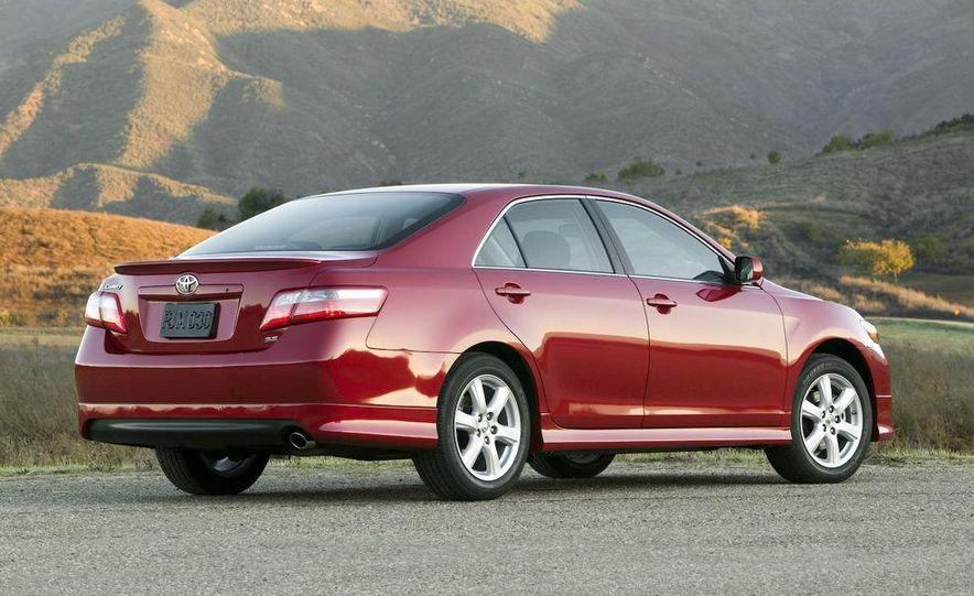 2010 Ford Fusion hybrid, 2009 Chevrolet Malibu hybrid, 2009 Toyota Camry hybrid, and 2009 Nissan Altima hybrid - Slide 79