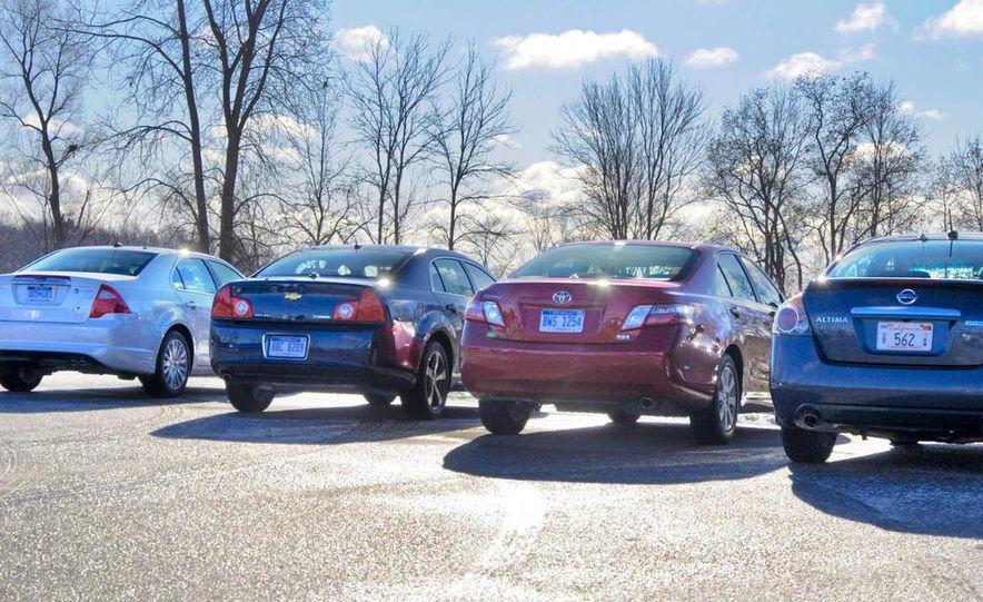 2010 Ford Fusion hybrid, 2009 Chevrolet Malibu hybrid, 2009 Toyota Camry hybrid, and 2009 Nissan Altima hybrid - Slide 3
