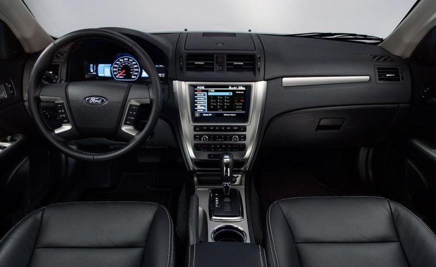 2010 Ford Fusion hybrid, 2009 Chevrolet Malibu hybrid, 2009 Toyota Camry hybrid, and 2009 Nissan Altima hybrid - Slide 67