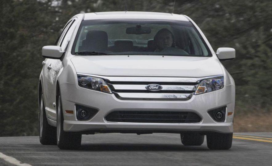 2010 Ford Fusion hybrid, 2009 Chevrolet Malibu hybrid, 2009 Toyota Camry hybrid, and 2009 Nissan Altima hybrid - Slide 20