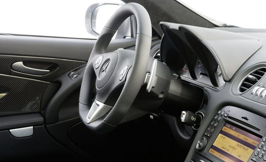 2010 Mercedes-Benz SL65 AMG Black Series - Slide 22