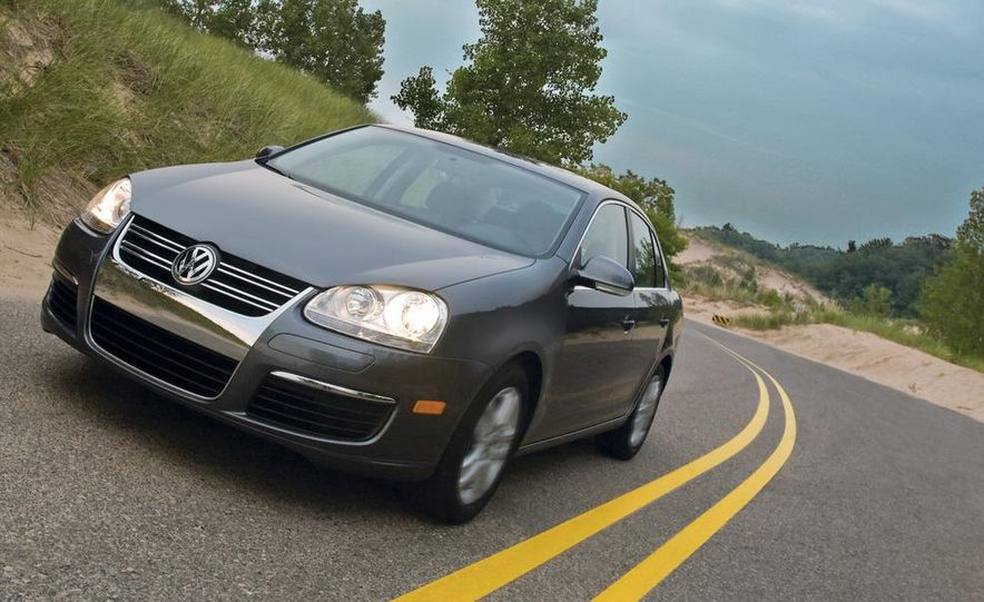 2009 Volkswagen Jetta 2.5 sedan - Slide 24