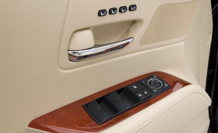 2010 Lexus RX350 - Slide 18