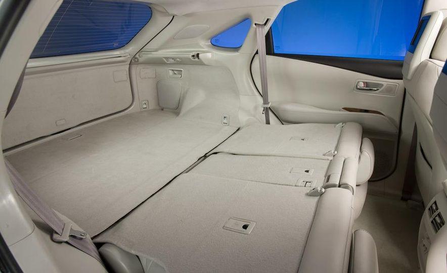 2010 Lexus RX350 - Slide 9
