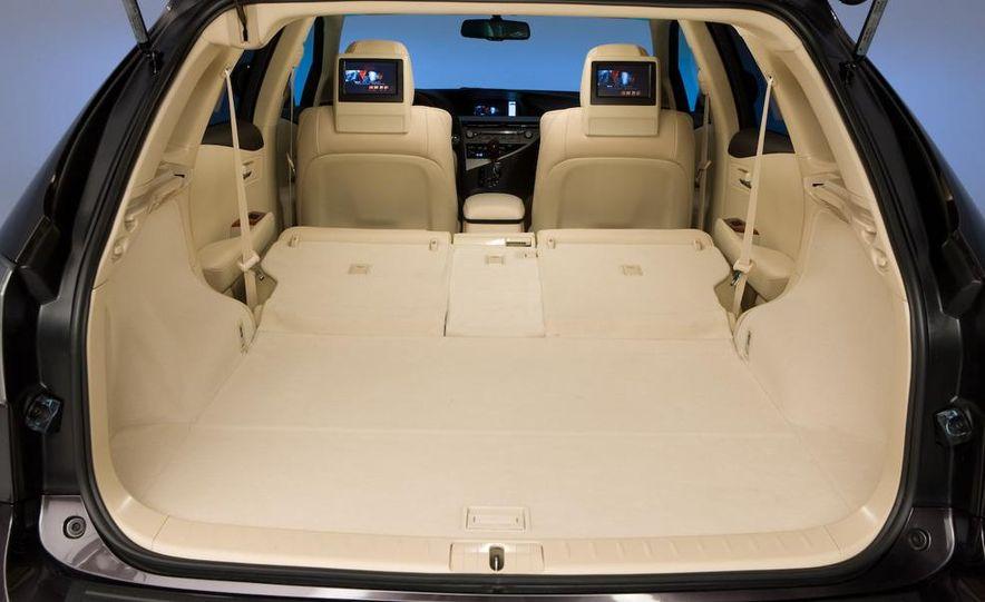 2010 Lexus RX350 - Slide 10