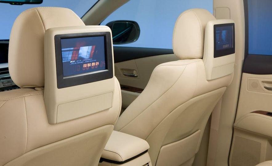 2010 Lexus RX350 - Slide 16