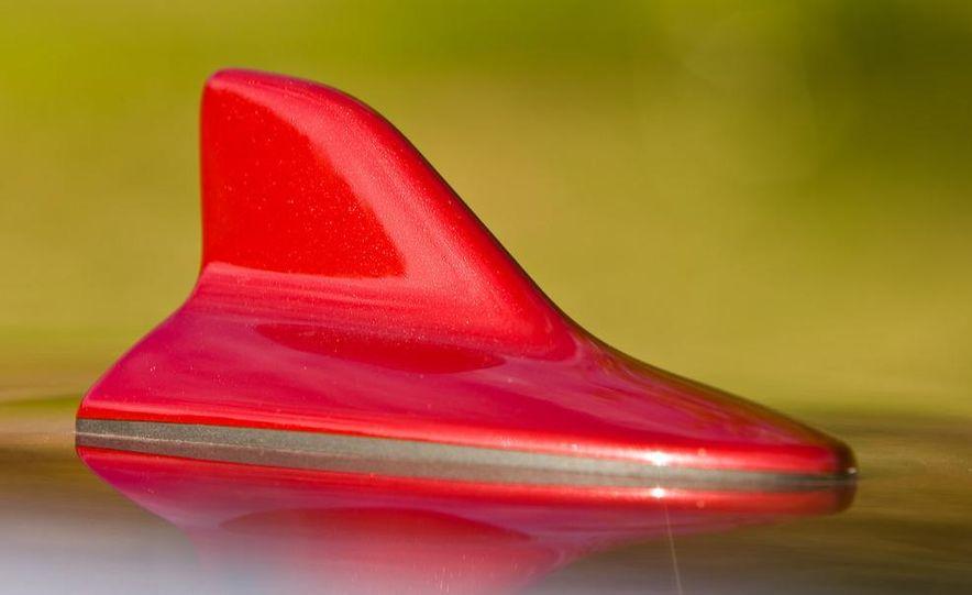 2010 Lexus RX350 - Slide 19