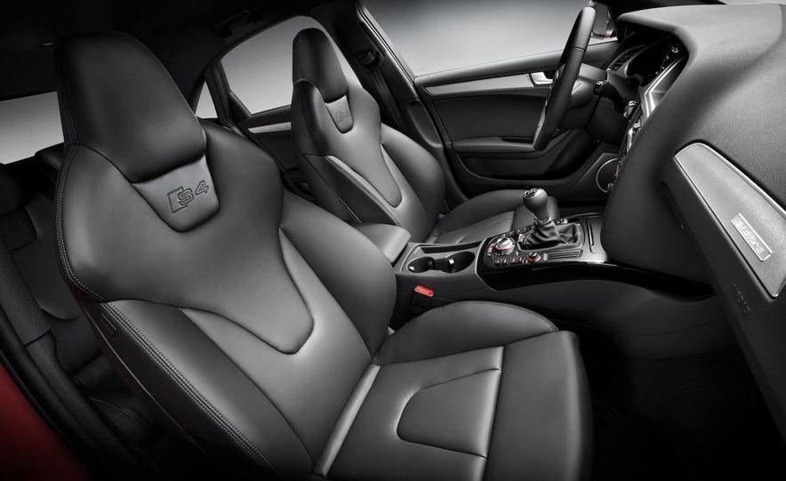 2010 Audi S4 - Slide 14
