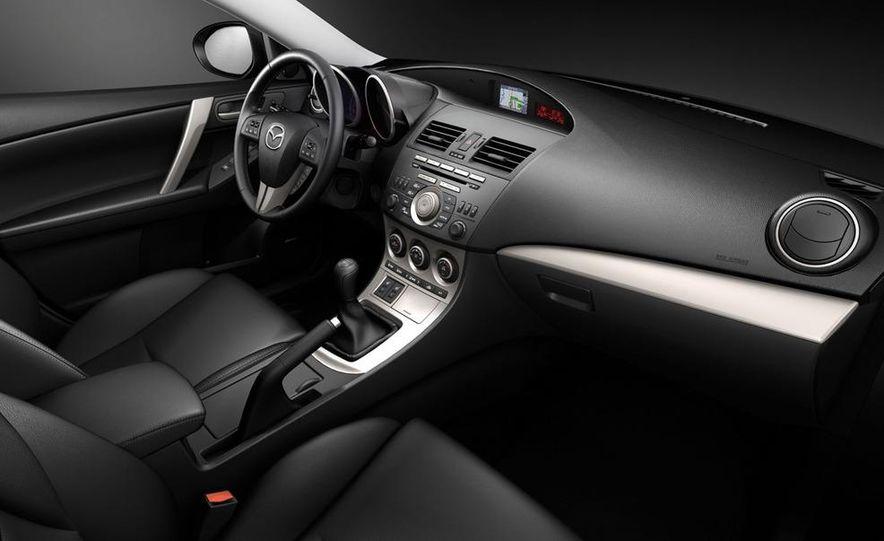 2010 Mazda 3 Grand Touring 4-door - Slide 19