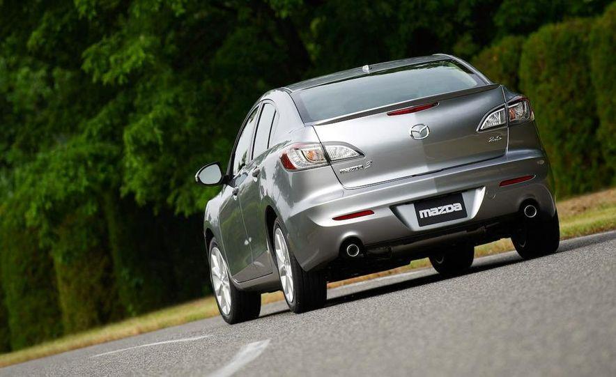 2010 Mazda 3 Grand Touring 4-door - Slide 7