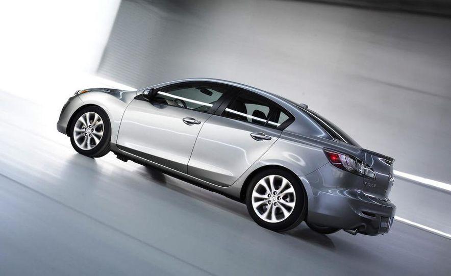 2010 Mazda 3 Grand Touring 4-door - Slide 3