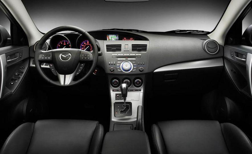 2010 Mazda 3 Grand Touring 4-door - Slide 18