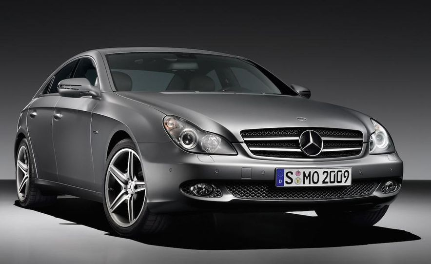 2009 Mercedes-Benz CLS550 Grand Edition instrument panel and steering wheel - Slide 12