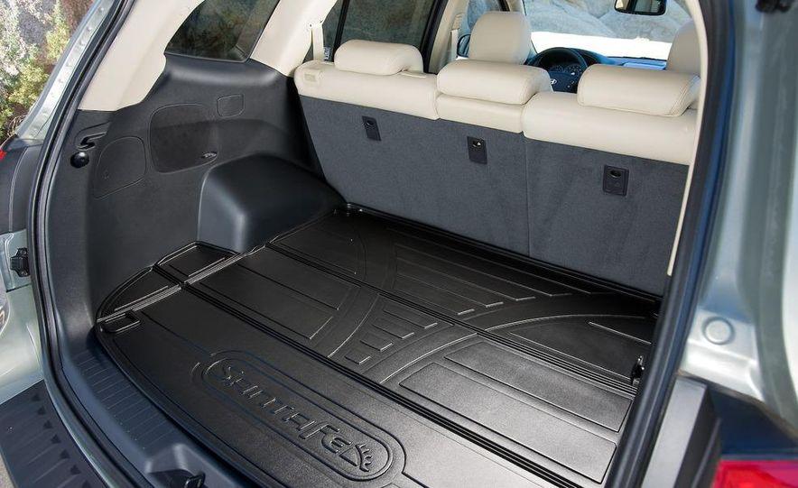 2009 Hyundai Santa Fe Limited AWD - Slide 6