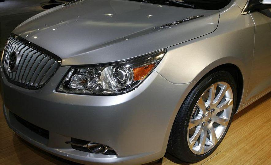 2010 Buick LaCrosse - Slide 4