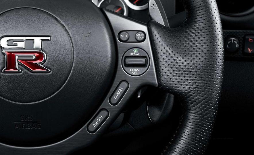 2011 Nissan GT-R Spec V - Slide 26