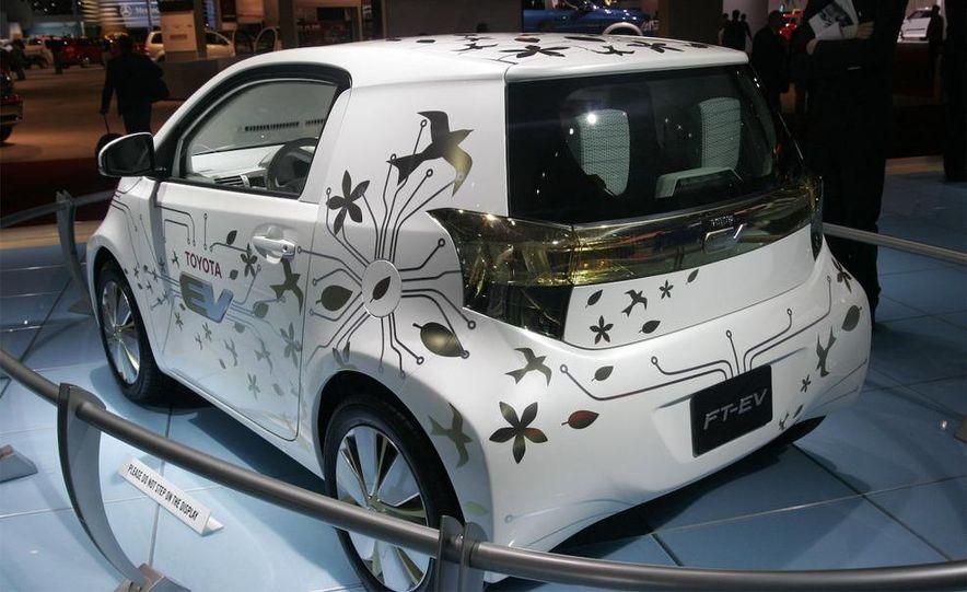 Toyota FT-EV concept - Slide 17