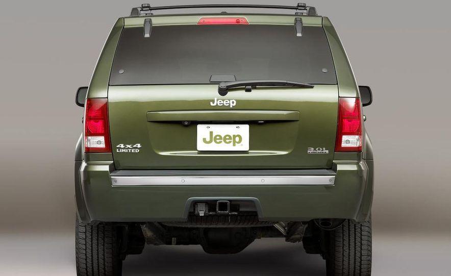 2010 Jeep Grand Cherokee (spy photo) - Slide 17