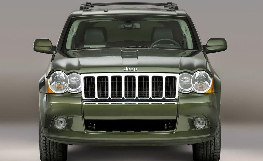 2010 Jeep Grand Cherokee (spy photo) - Slide 18