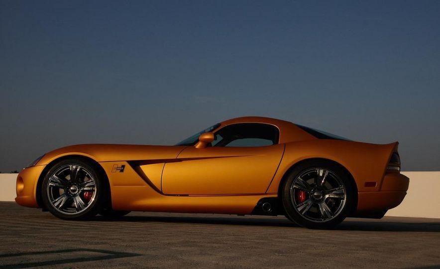 Hurst Dodge Viper - Slide 3