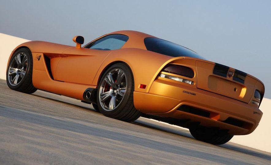Hurst Dodge Viper - Slide 2