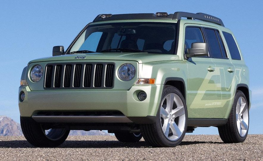 Jeep Patriot EV concept - Slide 6