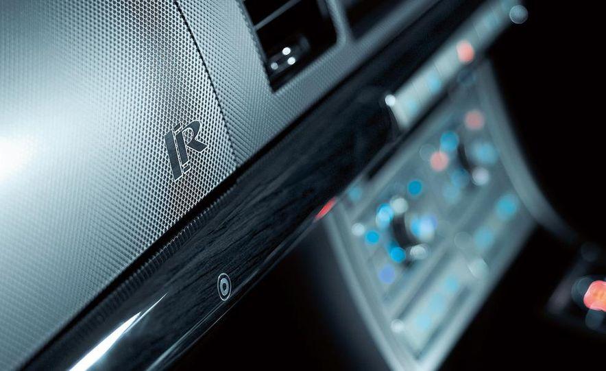 2010 Jaguar XFR - Slide 31