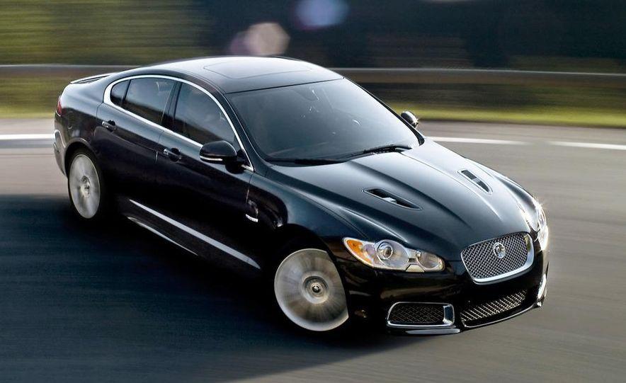 2010 Jaguar XFR - Slide 2