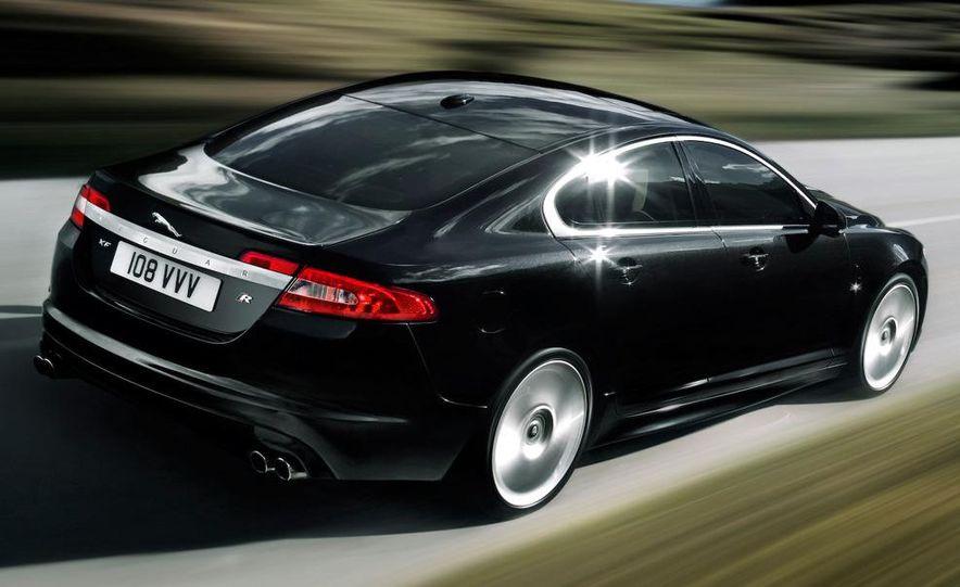 2010 Jaguar XFR - Slide 10