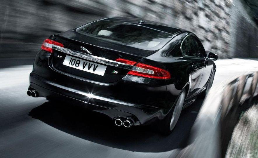 2010 Jaguar XFR - Slide 16