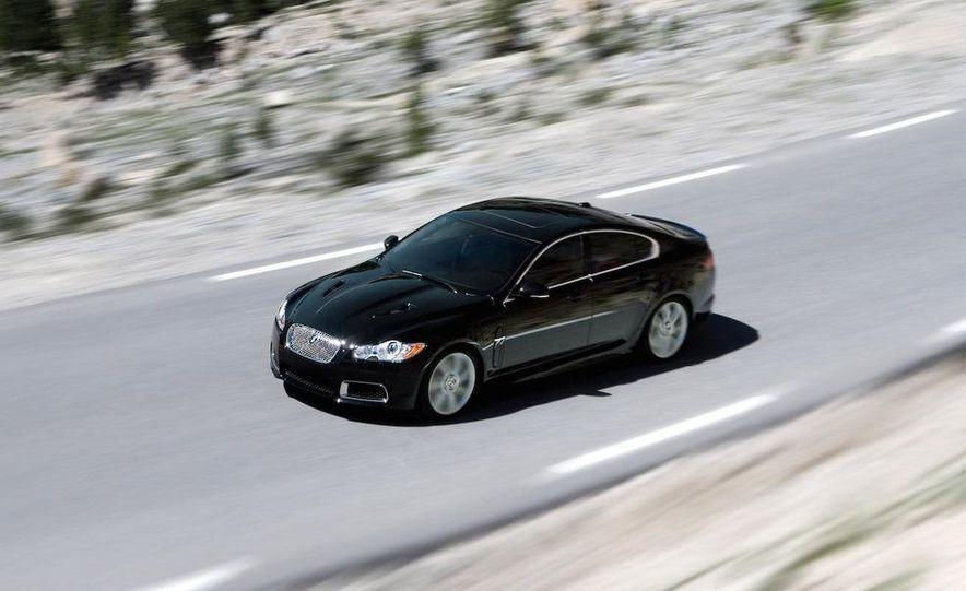 2010 Jaguar XFR - Slide 19