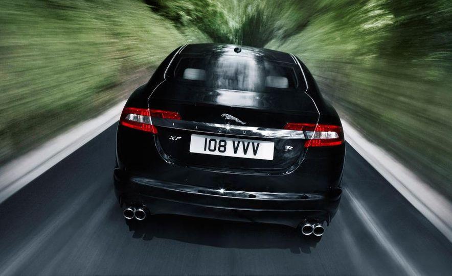 2010 Jaguar XFR - Slide 21